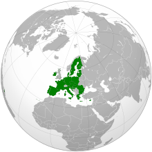 An orthographic projection of the world, highlighting the European Union and its Member States (green).