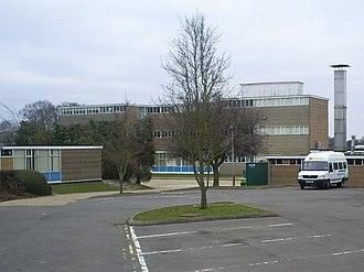 Longdean School - Image: Longdean School , Hemel Hempstead geograph.org.uk 1754052