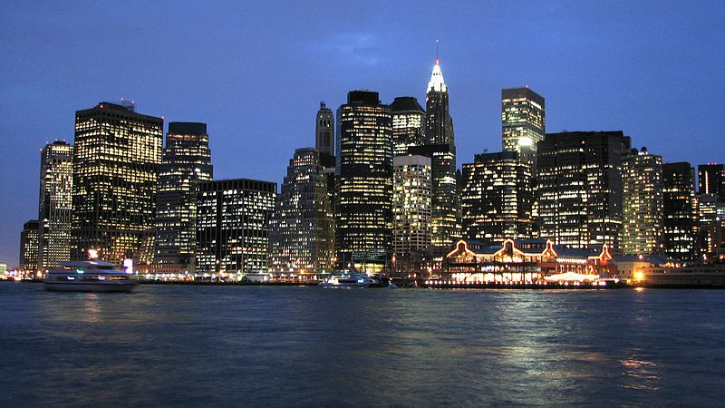 Lower Manhattan, night - Images From Wikimedia