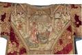 MCC-21689 Rode dalmatiek met annunciatie, visitatie en aanbidding der herders, Cyriacus, Petrus e.a. (3).tif
