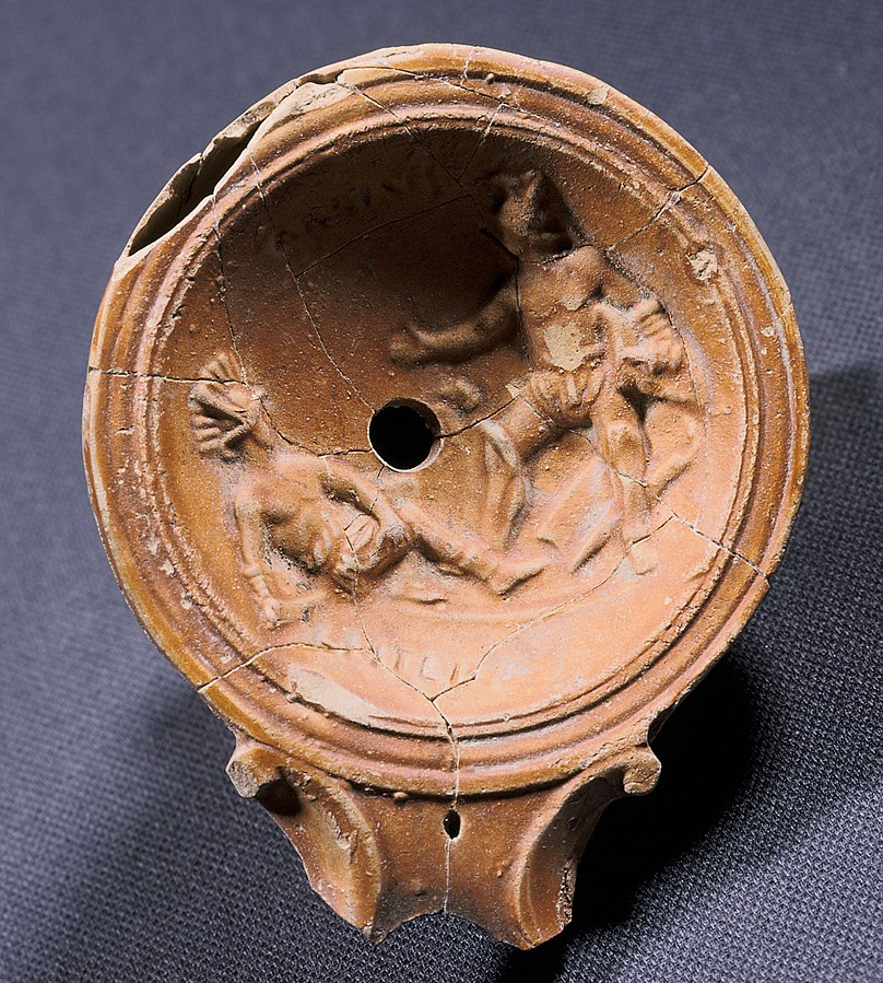 oil lamp decorated with gladiators