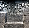 Maastricht, OLV-basiliek, grafzerk westelijke kruisgang 08.jpg