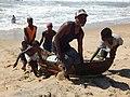 Madagascar, devant l'océan indien.pêcheurs2.jpg