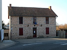 The town hall in Le Breuil