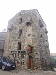 Maison Giacomoni 03.JPG