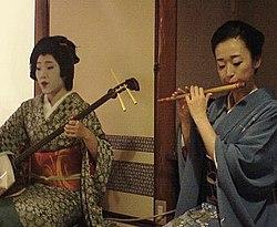 Mameyoshi and Fukunami.jpg