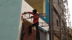 File:Man welding a metal structure in a newly constructed house in Bengaluru, India.webm