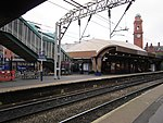 Manchester Oxford Road railway station - 2013-10-18 (1).JPG