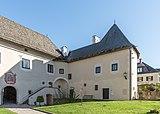 Maria Saal Domplatz 5 Westteil des Torhauses NW-Ansicht 31102018 5275.jpg