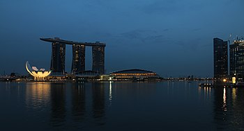 Marina Bay Sands%2C Singapore%2C at dusk - 20110528
