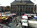 Markt en Stadhuis, paaszaterdag 2012.JPG