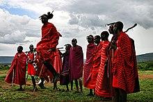 Maasai durante una danza