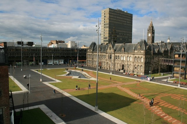 Middlesbrough Town Hall - geograph.org.uk - 350093