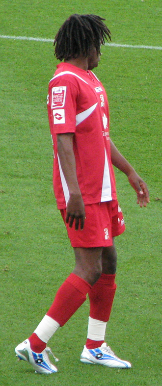Miguel Comminges - Comminges playing for Swindon Town in 2007