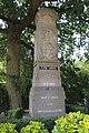 Mont-Saint-Aubert, monument aux morts J1.jpg