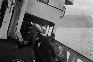 Monte Cervantes sinking 5.jpg