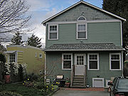 Montlake Spite House 05
