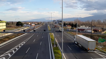 Motorway 1 (A1) as viewed from Katerini South interchange.png