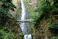 Multnomah Falls waterfall (36313102215).jpg