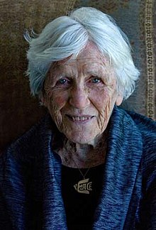 Photo of centenarian Muriel Duckworth, from Wikipedia