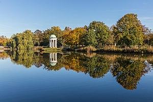 Musentempel im Herbst, 1710150958, ako.jpg