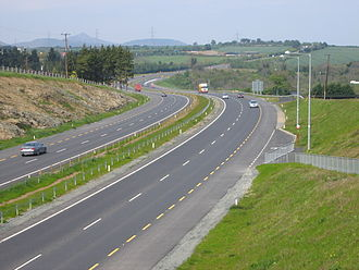 Shoulder (road) - In Ireland, dashed yellow lines demarcate hard shoulders on non-motorways, as can be seen along this dual carriageway on the N11.