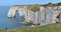 Natural-arch-of-Manneporte-in-Etretat-DSC0-1037.jpg