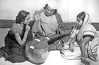 Kazi Nazrul Islam - Nazrul teaching music to his disciples