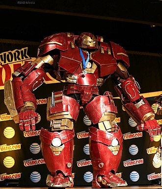 New York Comic Con - Image: New York Comic Con 2015 Hulkbuster (21483182213)