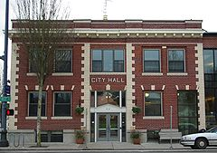 Newberg Oregon city hall.JPG