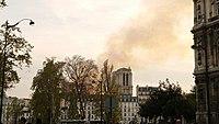 Notre-Dame de Paris, Incendie 15 avril 2019 20h13.59.jpg
