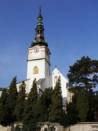 Nové Mesto nad Váhom - Kostol Narodenia Panny Márie