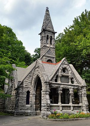 Oakwood Cemetery (Syracuse, New York) - Image: Oakwood chapel 2016 07