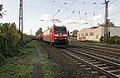 Oberhausen Osterfeld DB 185 016-3 gemengde goederenwagens (10542086845).jpg