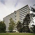 Overzicht van de achtergevel van het Tjalling C. Koopmansgebouw - Tilburg - 20389438 - RCE.jpg