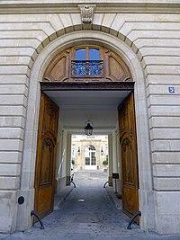 P1120027 Paris VI rue du Regard n°5 rwk.JPG