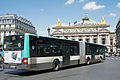 Paris 06 2012 articulated bus 2895.JPG