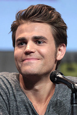 Paul Wesley San Diegon Comic-Conissa 2015.