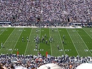 2009 Penn State Nittany Lions football team - The Penn State offense lines up against the Akron defense