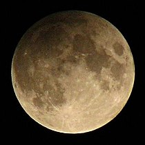Penumbral lunar eclipse Feb 9 2009 NavneethC.jpg