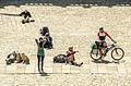 Peregrinos en la plaza del Obradoiro.jpg