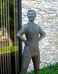 Peter Pan statue, Weatherford, TX IMG 6476.JPG