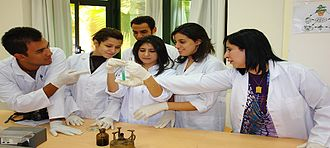 Modern Sciences and Arts University - Pharmacy students at MSA attend drug design lab.