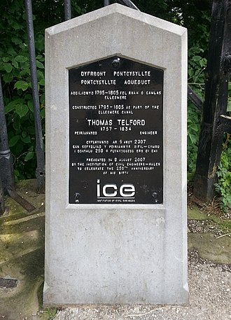 Pontcysyllte Aqueduct - Plaque commemorating the construction of the Pontcysyllte Aqueduct between 1795 and 1805 by Thomas Telford