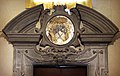 Prato, san niccolò, portale del xvii secolo 01.jpg