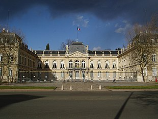 "<a href=""http://search.lycos.com/web/?_z=0&q=%22Prefectures%20in%20France%22"">Prefecture</a> building of the Yvelines department, in Versailles"