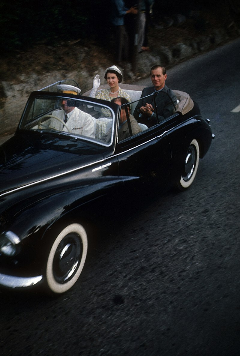 Queen Elizabeth II and Prince Philip visiting in Bermuda in 1953.jpg