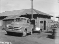 Queensland State Archives 1750 Cattle weighbridge July 1955.png