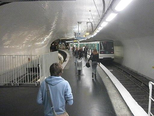 RATP-Baureihe MF67 auf Metrolinie 3bis