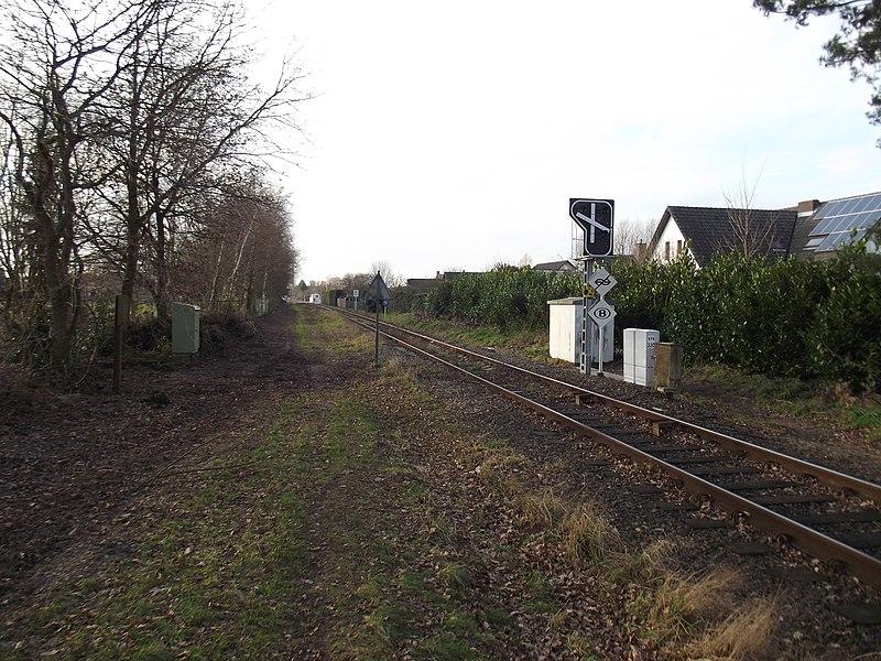 Spoorweg grensovergang gezien vanuit Nederland.